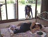 Fine babe Hitomi Shiraishi showcases her skills