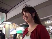 Kinky Asian Yui Tsukushi loves sucking hot wood