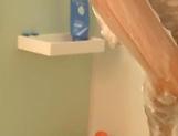Erotic cutie Ai Yuzuki showcases her curves in a tub