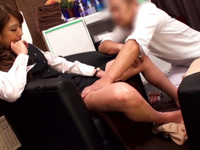 Sweet office lady, Kanon Takikawa enjoys massage for legs and pussy fuck