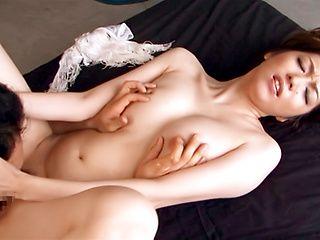 Hardcore action for sexy Japanese beauty Izumi Tachibana