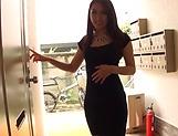 Sweet babe Nana Ninomiya sucks a pole well