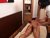 Delightful sensual massage with happy ending