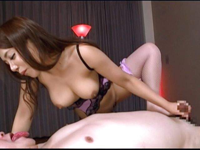Massage handjob during