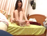 Ai Uehara doing her cunt with a vibrator