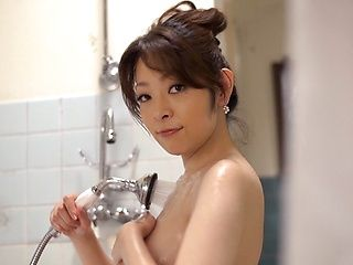 Hot Asian office lady, Reiko Asahina takes a sensual shower