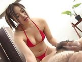 Sasaki Koiumi gives a footjob in her bikini
