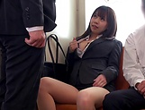 Kasumi Risa loves a rear bonk in a train picture 14