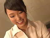 Lovely sensually Aai Yuzuki seduces a dude picture 3