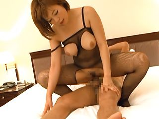 Sara Saijou, horny Japanese milf enjoys position 69