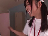 Mizuhara Mako enjoys a steamy threesome