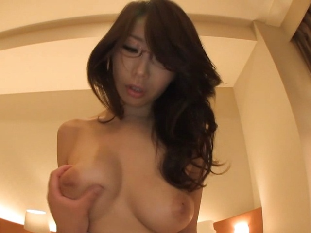 Ayumi Shinoda Asian milf in glasses gives an amazing pov blowjob