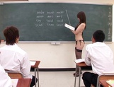 Spicy teacher Yui Tatsumi gang banged after class picture 11