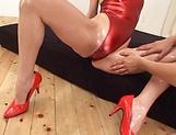 Reiko Sawamura gives a nasty foot job picture 11