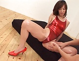 Reiko Sawamura gives a nasty foot job picture 12