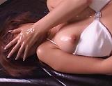 Kaede Matsushima erotically masturbates