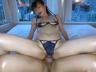 Babe Kazusa Yatabe moans as big cock throbs her tight muff