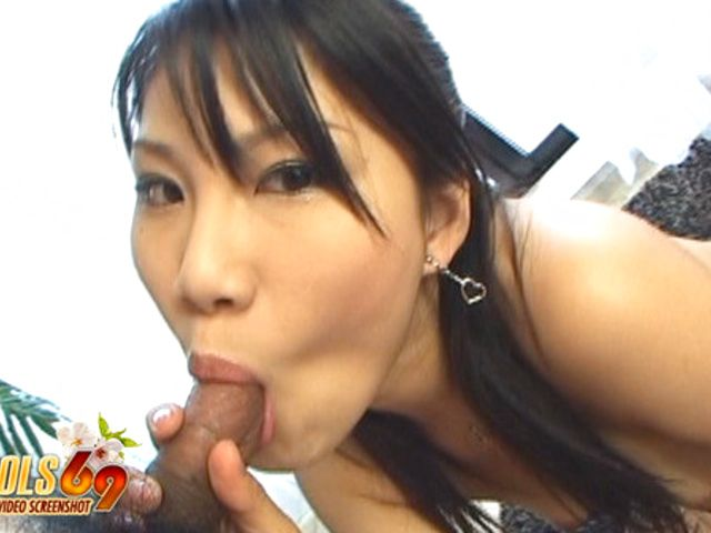 Atsumi Katou Blowjob She Is A Cock Gobbling Asian