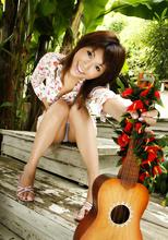 Azumi Harusaki - Picture 2
