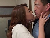 Lush Asian sedctress Yumi Kazama gives great head