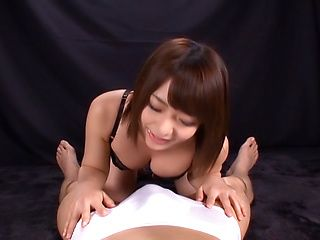 Otoha Nanase gets a messy cum in mouth
