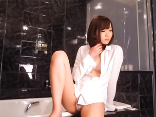 Talented Japanese AV model Yuu Asakura licks ass and gives a hand job