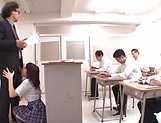 Hirose Riria  enjos a raunchy action in the classroom picture 1