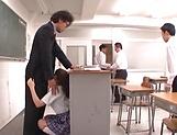 Hirose Riria  enjos a raunchy action in the classroom