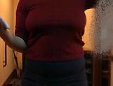 Hunk could not stop squeezing Saegusa Chitose's boobs