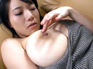 Lonely Shibuya decides to finger pussy