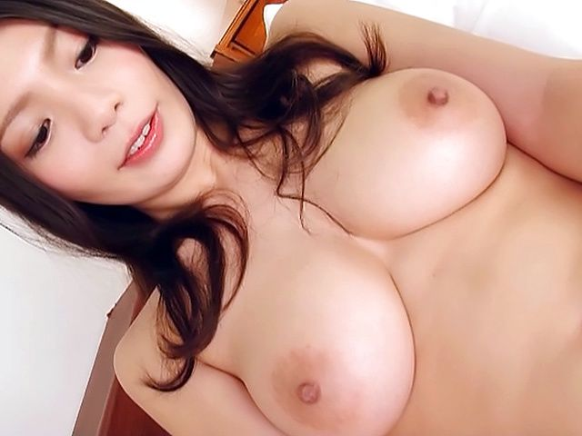 Busty Japanese AV model provides flaming solo scenes