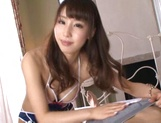 Petite AV model Shunka Ayami gives a perfect hand work with oil picture 12