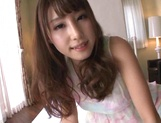 Petite AV model Shunka Ayami gives a perfect hand work with oil