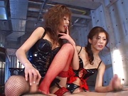 Dirty foursome porn with two needy Japan models