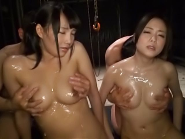 Raunchy cuties excel in threesome cock sucking