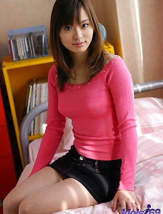 Hikari Asian Beauty Is Quite A Sight For Horny Guys