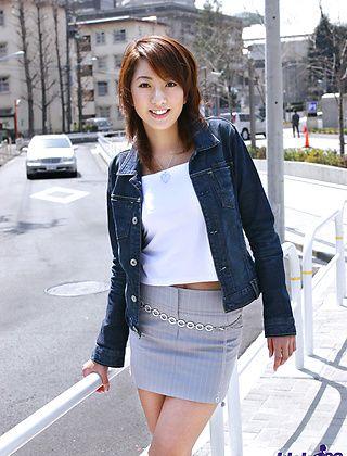 Jyuri Kanoh Asian beauty Enjoys Showing Her Hot Body