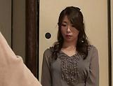 Japanese milf, Ayumi Shinoda dominates man in naughty porn show