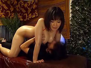 Wie Orgasmus beim Sex weiblich