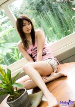 Misa Shinozaki - Picture 1