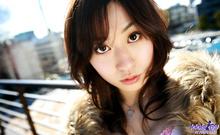 Momo Yoshizawa - Picture 10