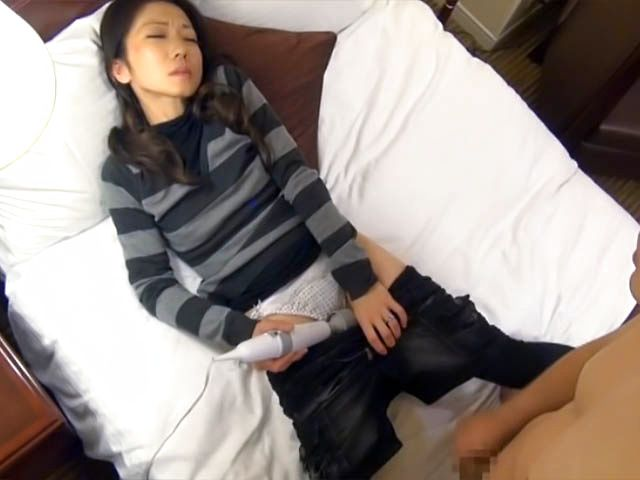 Japanese mature babe jizzed on face after a sloppy blowjob