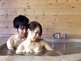 Mature Japanese lady is amazing at hot sex