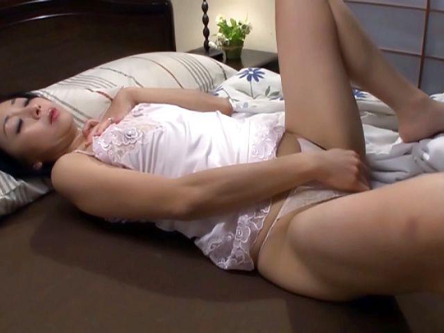 Mature Wet Pussy Masturbation