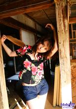 Nao Yoshizaki - Picture 7