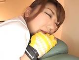 Namiki Anri gives a steamy cock sucking