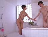 Kami Yuki flaunts her super sexy wet body
