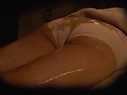 Skinny Japan milf fucked during massage session