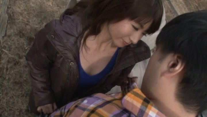 Horny milf, Naomi Sugawara sucks cock outdoors
