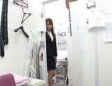 Fuyutsuki Kaede enjoys doggy fuck in office picture 6